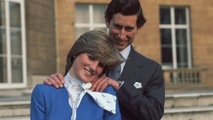Mewahnya Cincin Pertunangan Keluarga Kerajaan Inggris, Ada Rahasia di Balik Cincin Ratu Elizabeth II