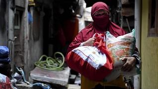 DKI Salurkan Bansos ke 7.558 Warga Jawa Tengah di Jakarta