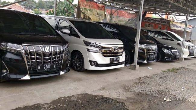 Rental mobil 168premiumcar di Pasar Minggu, Jakarta Selatan