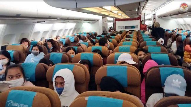 Colombo (1/5) - KBRI Colombo kembali melaksanakan repatriasi mandiri gelombang kedua dengan memulangkan 347 WNI dari Sri Lanka dan Maladewa. 347 WNI tersebut dipulangkan menggunakan pesawat carter khusus repatriasi Garuda Indonesia dengan nomor penerbangan GA9830.