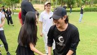 <p>Foto lainnya memperlihatkan Jet Li sedangbersenda gurau dengan sang putri, Jane Li. (Foto: Instagram)</p>
