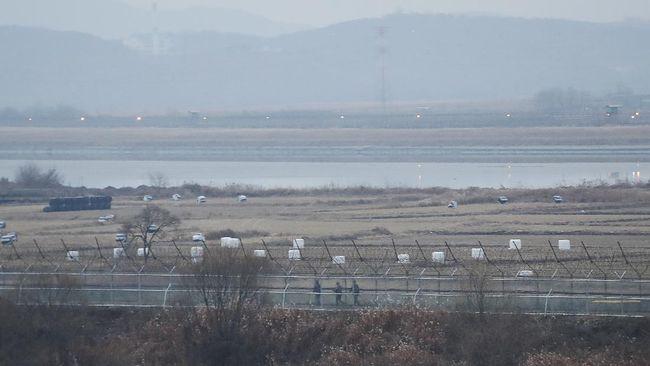 Korea Utara memperketat pembatasan untuk memasuki lautan sebagai langkah memerangi pandemi virus Corona.