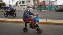 FOTO: Kayuh Sepeda Lalui Pandemi