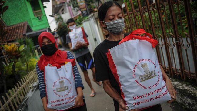 Mayoritas aduan soal bantuan sosial di masa pandemi didominasi masalah penyaluran yang tidak merata dan syarat menerima bantuan yang tidak jelas.