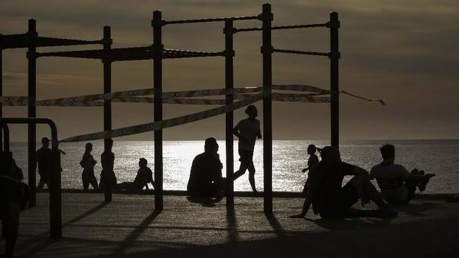 >Pantai Dikhawatirkan Jadi Hotspot Gelombang Kedua Corona