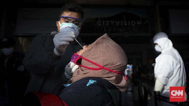 Menurut epidemiolog, peningkatan jumlah kasus Covid-19 di Riau tak serta-merta karena varian virus baru, melainkan karena beberapa faktor.