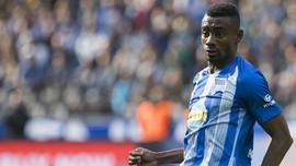 Ajak Pelatih Jabat Tangan, Kalou Dihukum Hertha Berlin