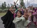 FOTO: Merekam Konflik Kashmir Berbalas Pulitzer