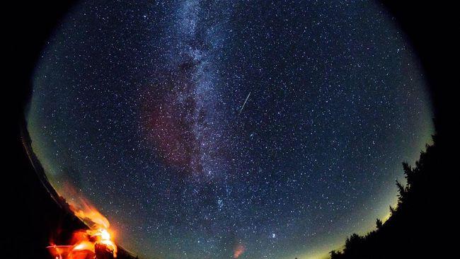 Puncak hujan meteor Eta Aquirids akan temani sahur pagi ini.
