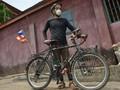 Kisah Pesepeda dari Korea Selatan yang Terdampar di Afrika