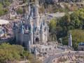 VIDEO: Taman Hiburan Tutup, Disney Kehilangan Rp21 T