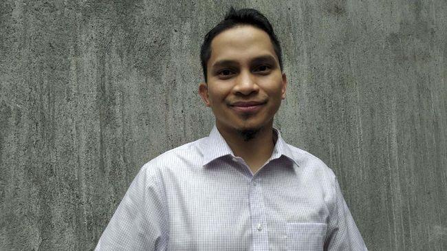 Mumtaz Rais bertanya ke Nawawi Pomolango usai ditegur main ponsel di pesawat,