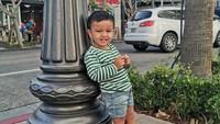 Si bungsu Magika Zalardi Bakrie kini berusia 3 tahun. Setuju ya, Bun? Magika terlihat manis dan menggemaskan di foto ini. (Foto: Instagram @ramadhaniabakrie)