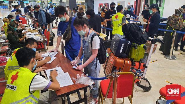 Kemenhub menyatakan tak lagi memberlakukan kewajiban melakukan rapid test untuk perjalanan darat lintas daerah, kecuali untuk tujuan Bali.