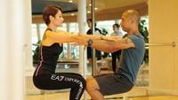 <p>Termasuk menyempatkan olahraga berdua, yang membuat pasangan ini makin terlihat mesra. (Foto: Instagram @rimamelati)</p>