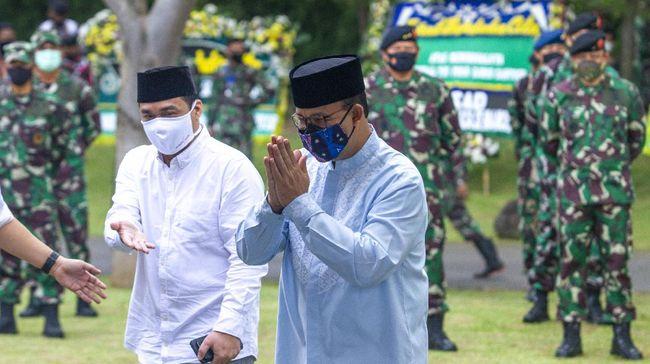 Epidemiolog menjelaskan positivity rate di Jakarta yang disebut Anies hanya terpaut lima persen dari Indonesia yang kini 18,4 persen.