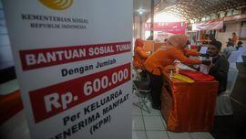 Beras Bulog, Corona dan Penerima Bansos DKI Jakarta