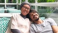 <p>Ariyo Wahab dan Miasari Wardhani sudah membina rumah tangga sejak 2002 silam, Bunda. Keluarga mereka jarang terekspose dan jauh dari gosip. (Foto: Instagram @ariyowahab)</p>