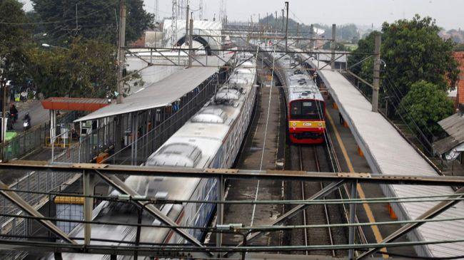 Serikat pekerja menilai rencana PT MRT Jakarta mengakuisisi 51 persen saham PT Kereta Commuter Indonesia (KCI) bakal merusak sistem transportasi perkeretapian.
