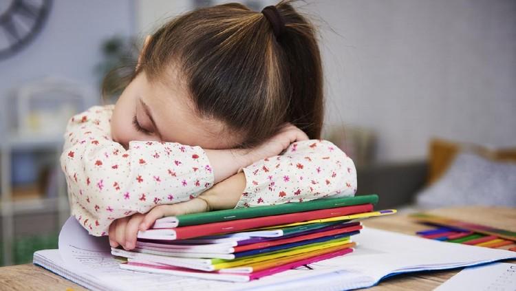 Waspadai 10 Tanda Gangguan Kesehatan Anak Saat Berlatih Puasa