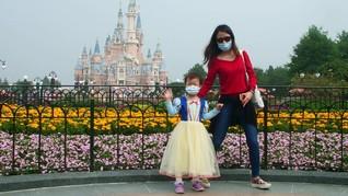 Disneyland Shanghai Kembali Dibuka, Penduduk China Gembira