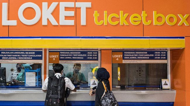 KAI Daop 1 Jakarta memberikan potongan harga tiket untuk layanan angkutan penumpang Kereta Api Jarak Jauh.