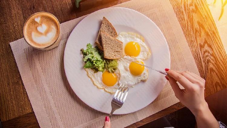 5 Manfaat Telur bagi Ibu Menyusui, Kaya Vitamin hingga Menjaga Fungsi Hati