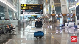 Bandara Soekarno-Hatta Jual APD Lewat Vending Machine