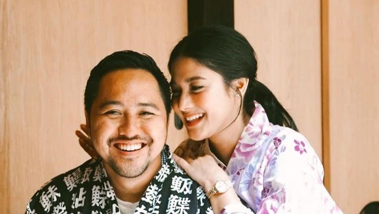 Naysilla Mirdad dan sang kekasih