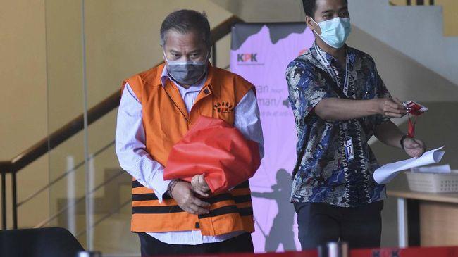 Eks Kalapas Sukamiskin Deddy Handoko dieksekusi ke lembaga yang pernah ia pimpin oleh KPK.