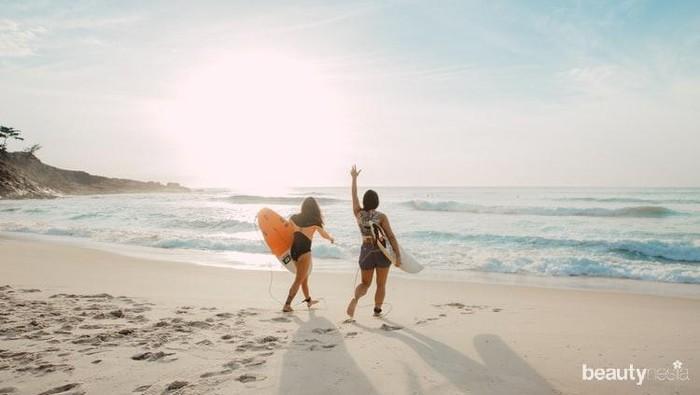 Alasan yang Membuat Seseorang Bahagia Saat Melihat Laut