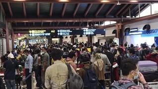 Dokter Penerbangan Minta Penumpang Disaring di Luar Bandara