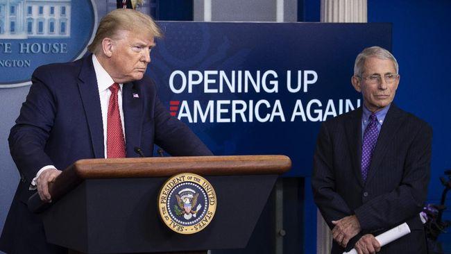 Capres petahana, Donald Trump kembali mengecam kebijakan ahli penyakit menular AS, Dr Anthony Fauci dan menyebut orang Amerika bosan dengan corona.