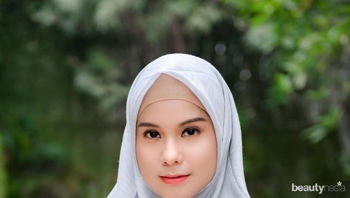 Manglingi, 7 Penampilan Cantik Artis yang Unggah Foto Berhijab Saat Ramadan
