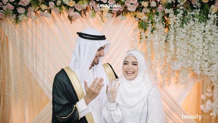 Fakta Menarik Vebby Palwinta dan Pasangan yang Bikin Baper Netizen!
