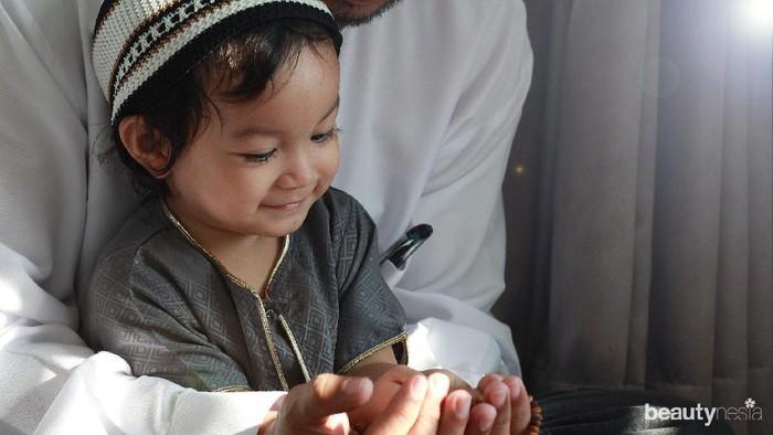 5 Nilai Agama yang Harus Diajarkan Selama Ramadan pada Anak