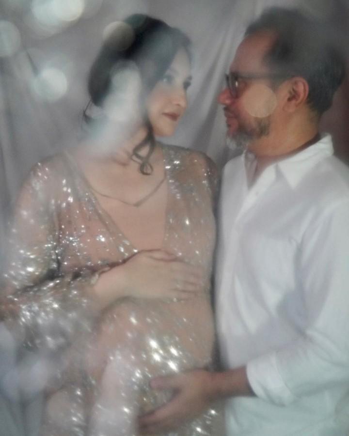 Mona Ratuliu Maternity shoot