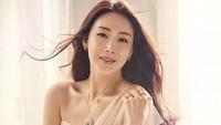 <p>Choi Ji Woo juga kerap didapuk sebagai bintang iklan produk kecantikan dan perhiasan, Bunda. (Foto: Istimewa)</p>