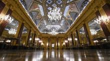 FOTO: Hotel Mewah di Italia Menunggu Kunjungan Turis