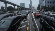 PSBB DKI Belum Selesai, Lalu Lintas di Sejumlah Jalan Padat