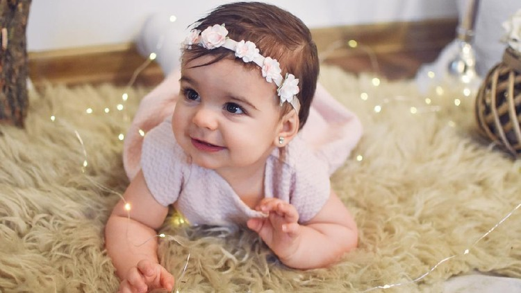 Baby - Human Age, Newborn, Baby Girls, Babies Only, Caucasian Ethnicity