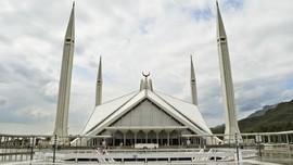 Masjid Faisal, Warisan Raja di Kaki Himalaya