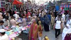 VIDEO: Warga Penuhi Pasar Jelang Lebaran