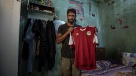 FOTO: Mahrous Mahmoud, Dari Lapangan Hijau ke Pedagang Pasar