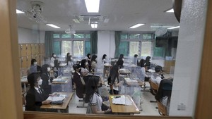 Korsel Kembali Tutup Sekolah usai Kasus Corona Naik Lagi