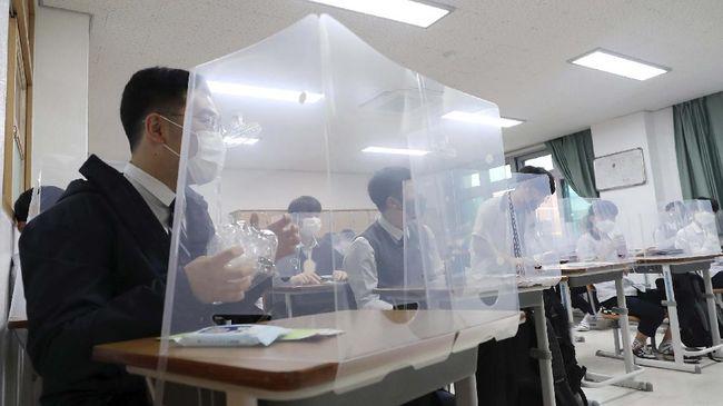 Prancis memutuskan untuk menutup kembali 22 sekolah setelah ada laporan infeksi virus corona.