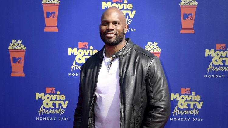 SANTA MONICA, CALIFORNIA - JUNE 15: Shad Gaspard attends the 2019 MTV Movie and TV Awards at Barker Hangar on June 15, 2019 in Santa Monica, California. (Photo by Frazer Harrison/Getty Images for MTV)