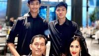 <p>Dari pernikahannya dengan Anton Wahyu Jatmiko, Diah Permatasari dikaruniai dua orang putra, Marcello Renara Djatmiko dan Marciano Nicholas Reynard. (Foto: Instagram @diahpermatasari_d_p_s)</p>