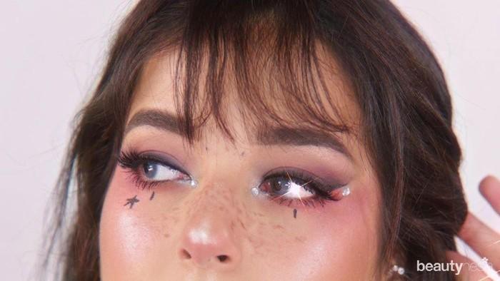 Biar Makin Seru, Yuk Tentuin Tema Makeup untuk Bukber Online Bareng Sahabat!