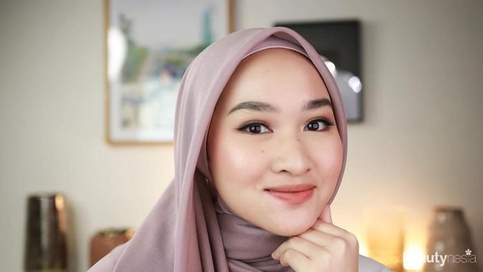 6 Gaya Hijab Simpel dan Cantik Kiara Leswara untuk Inspirasi Hari Raya Idul Fitri